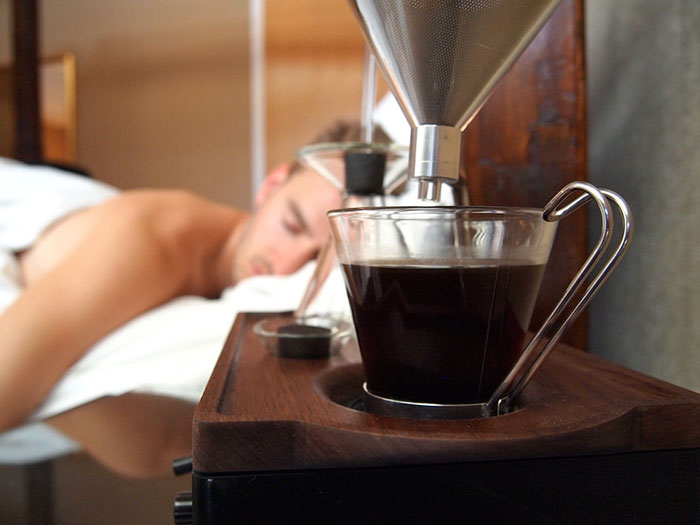 barisieur-coffee-maker-alarm-clock-joshua-renouf-3.jpg