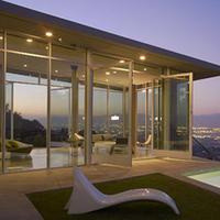 Házi kertmozi: kötelező kellék Hollywoodban