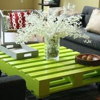 Hétvégi DIY projekt: varázsolj raklapból almazöld asztalkát!