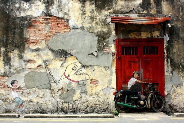 Street-Art-by-Ernest-Zacharevic-in-Penang-Malaysia-1.jpeg