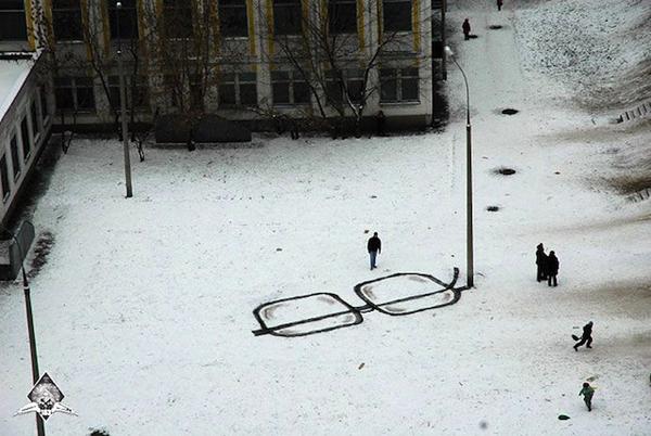 street_art_by_pavel_puhov_11-1-mini.jpeg