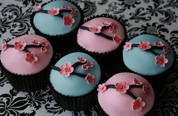 Cherry-Blossom-Cupcake.png