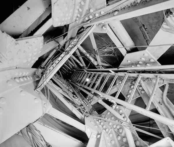 ladder-statue-liberty_9964_600x450.jpg