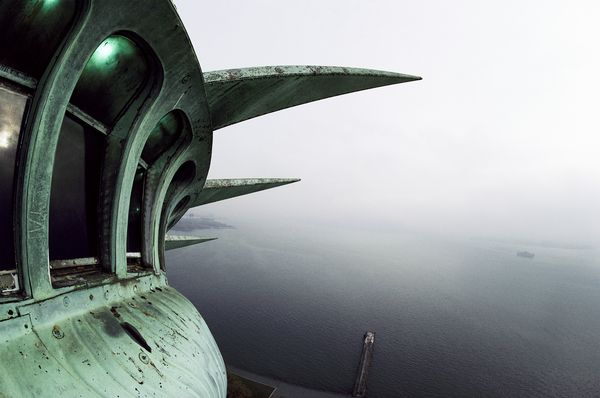 statue-liberty-crown-view_10256_600x450.jpg