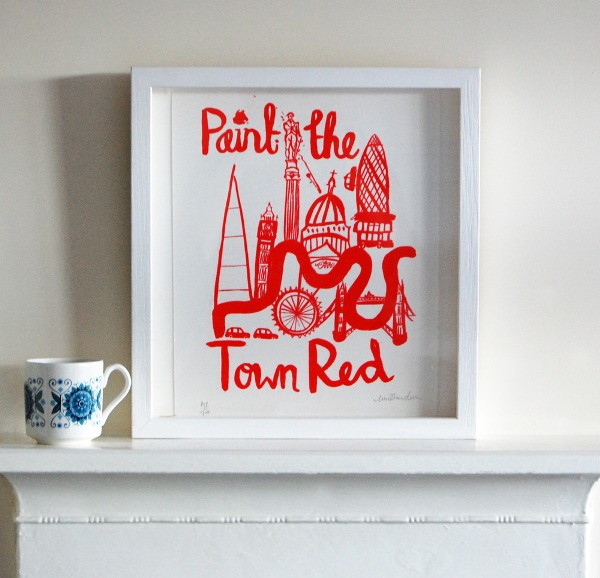 Paint_the_town_Red-photgraphed__1.jpg