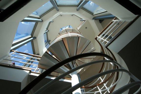 contermporary-glass-house-3.jpg