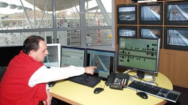 18_millau-viaduct-13_1.jpg