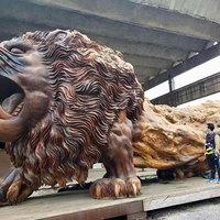 20 ember 3 év munkája és kész Kína egyik új látványossága, egy óriás oroszlán!