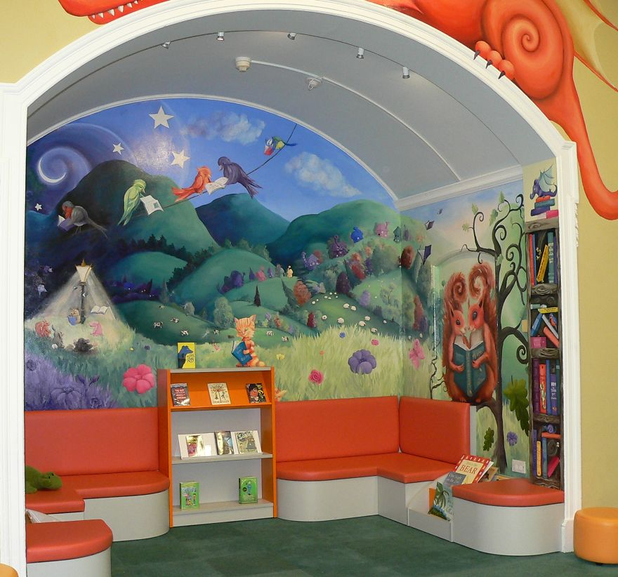 i-transformed-an-alcove-in-the-library-into-the-inside-of-a-childrens-book-5872430f798a5_880.jpg