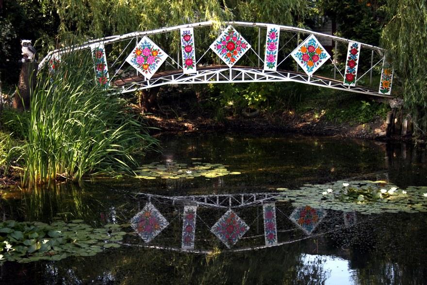 polish-village-floral-paintings-zalipie19-5892ebb2e29fd_880.jpg