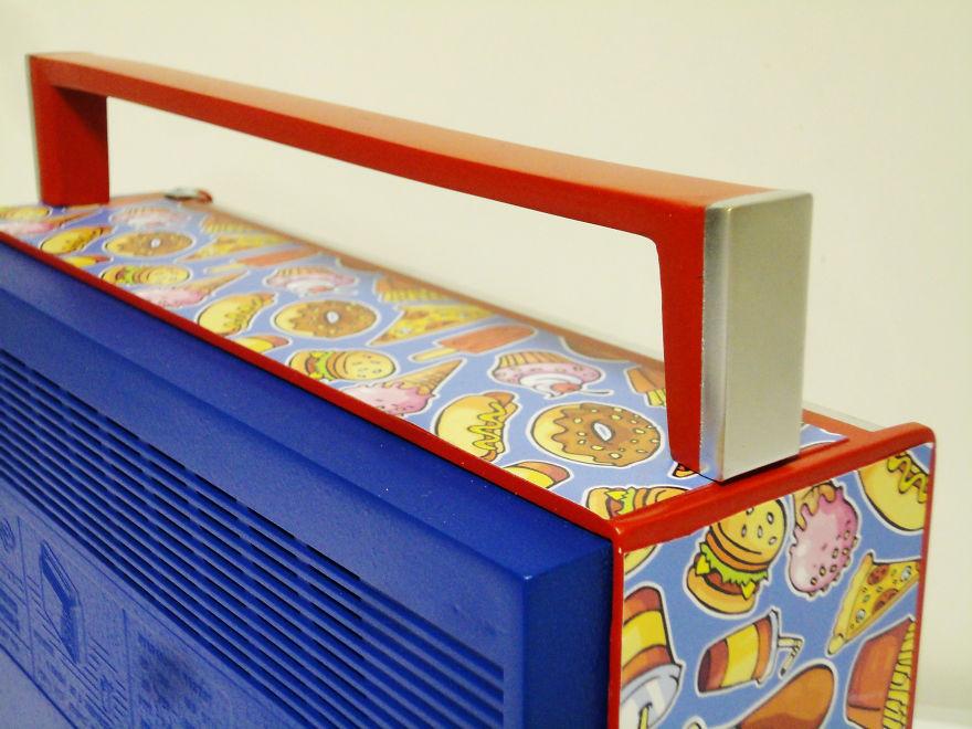 i-saved-these-old-radios-by-refurbishing-them-58a9db46af607_880.jpg