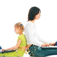 Internetes biztonság gyermekcipőben