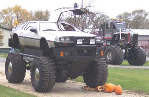 pumpkindelorean-monster-truck-pumpkins-400-x-260.png
