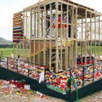 Lerombolták a BBC LEGO-házát