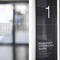 Tipográf interior - Premier Graphics