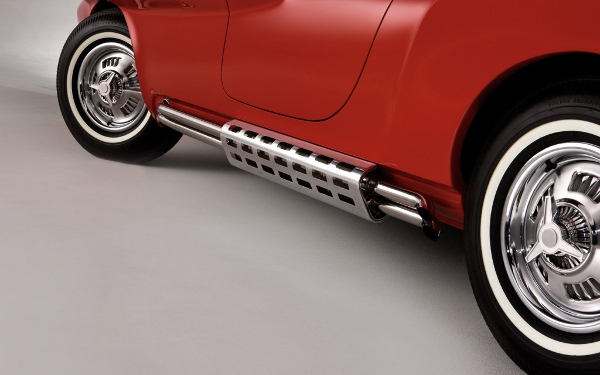 1960-Plymouth-XNR-concept-side-exhaust-pipes-1024x640.jpg