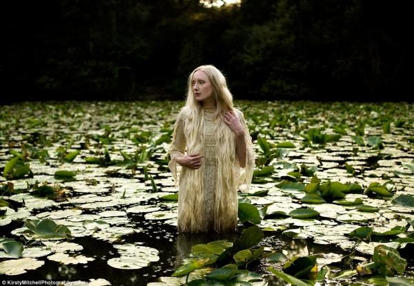 Kirsty-Mitchells-Wonderland-Pictures-09-600x414.jpg
