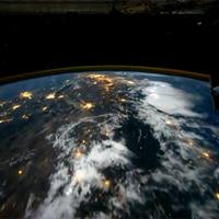 60 másodperc alatt a Föld körül