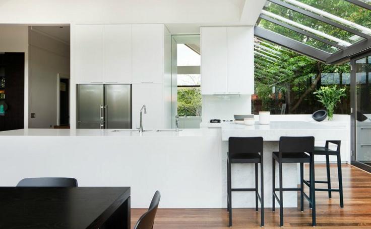 2013-06-17_Melbourne glass kitchen_2.jpg