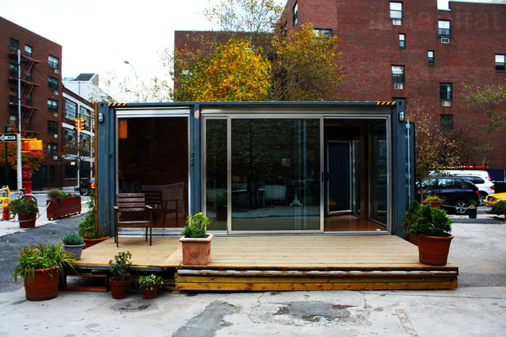 2013-06-20_shipping container home, NYC_2.jpg