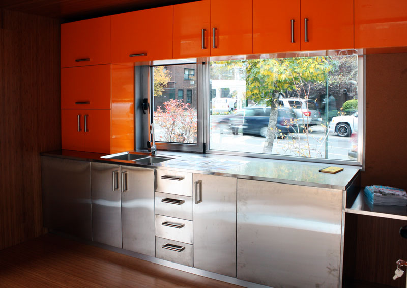 2013-06-20_shipping container home, NYC_5.jpg