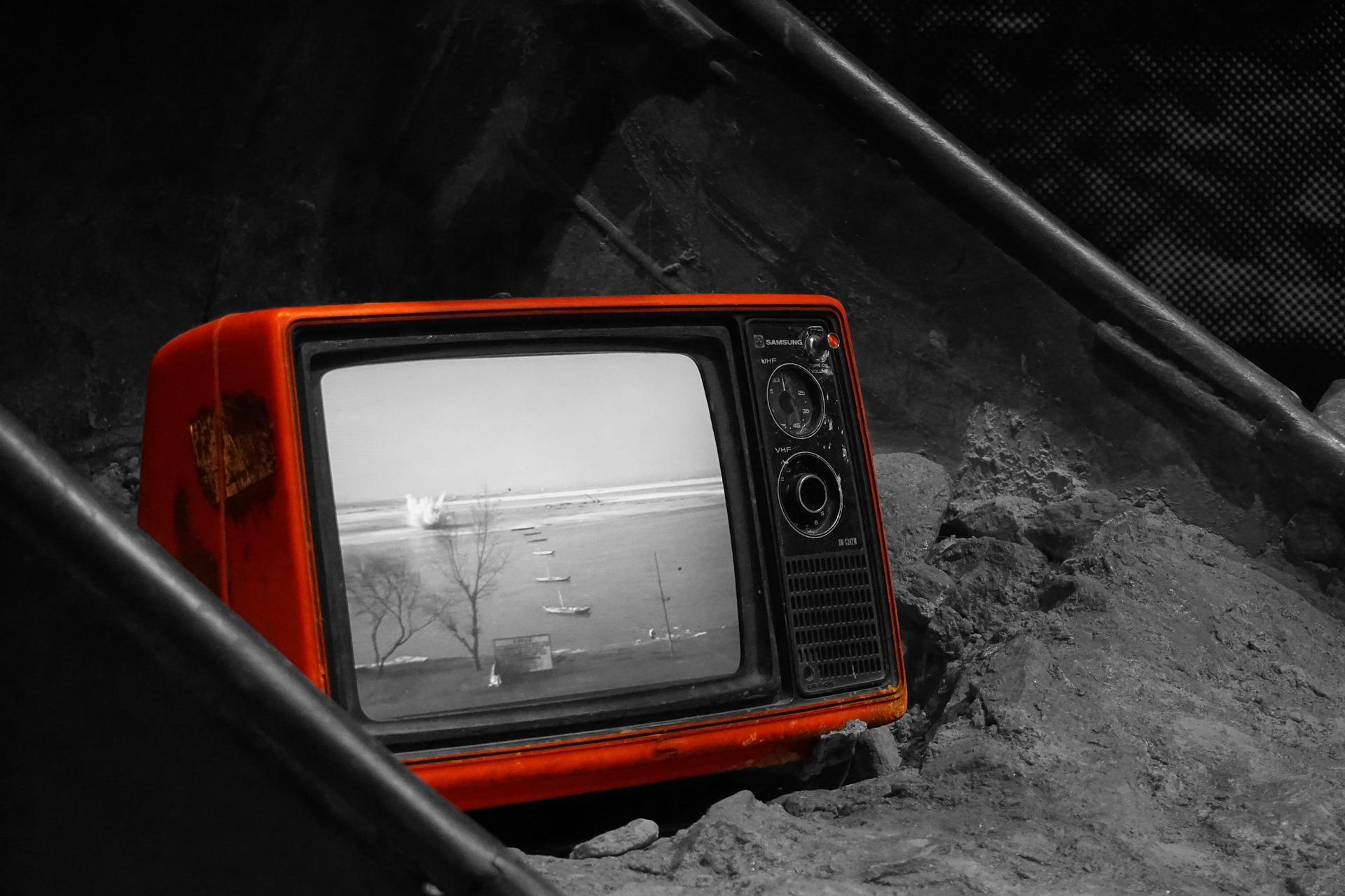 television-899265_1920.jpg