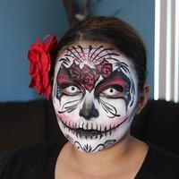 Óvatosan az arcfestéssel Halloween-kor is!