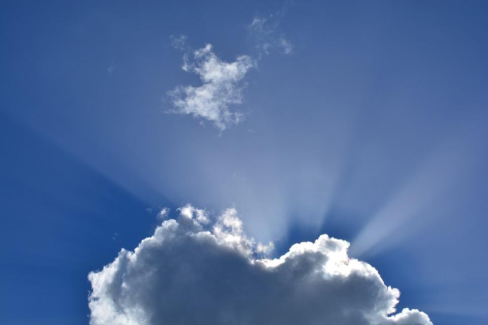 clouds-295695_960_720.jpg
