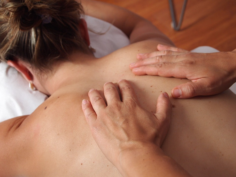 physiotherapy-567021_960_720.jpg