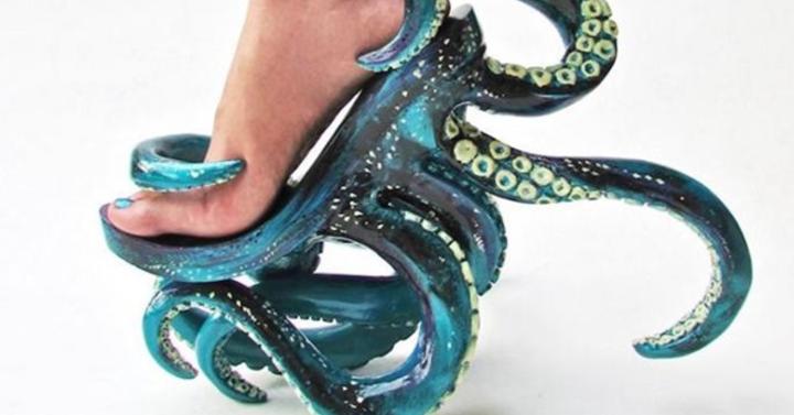 Ha Cthulhu-hívő a csajod, ezt az ő lábára tervezték
