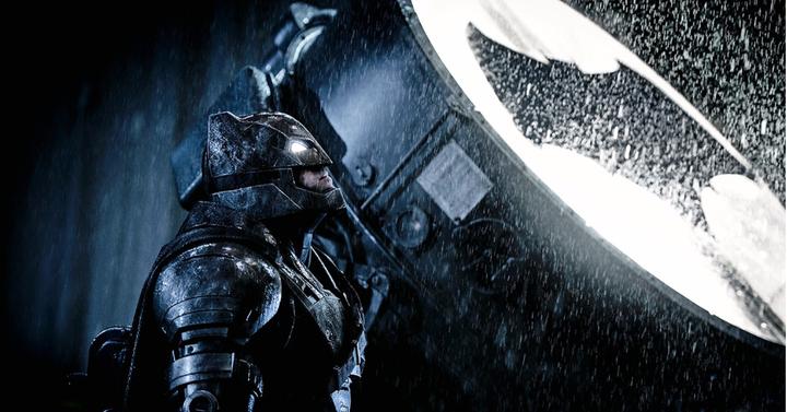 A Warner átszervezi a DC-filmek gyártását