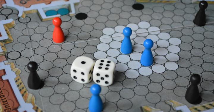 Escape from Colditz társasjáték | fogolydilemma a II. világháborúban