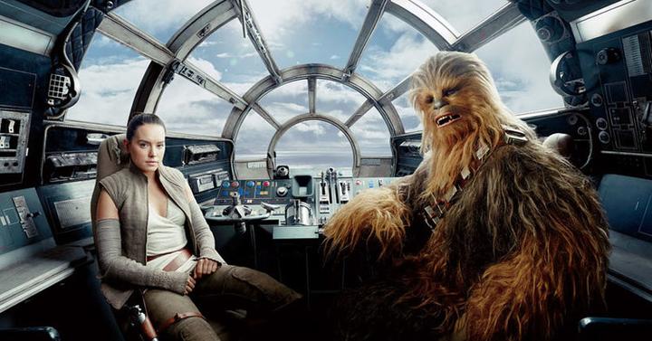 Lélegzetelállító képek az Utolsó Jedi szereplőivel