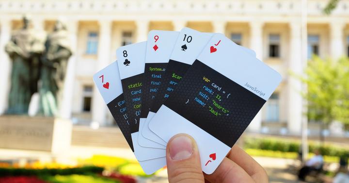 Tanulj meg kódolni francia kártya segítségével!