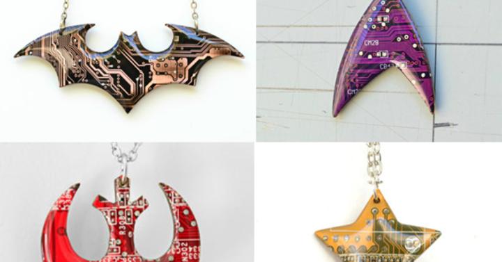 Márpedig a legjobb geek nyakláncok áramköri lapokból készülnek