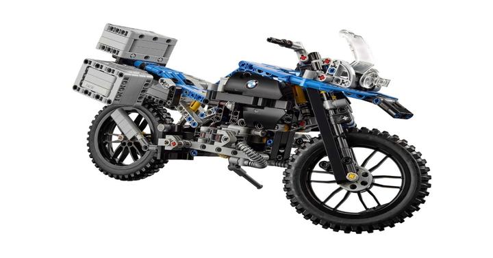 Januárban érkezik a LEGO Technic BMW R 1200 GS Adventure