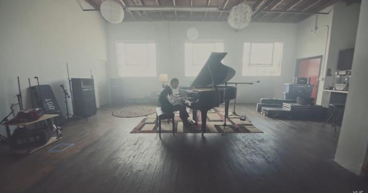A Legend of Zelda zenéi zongorán is ütnek
