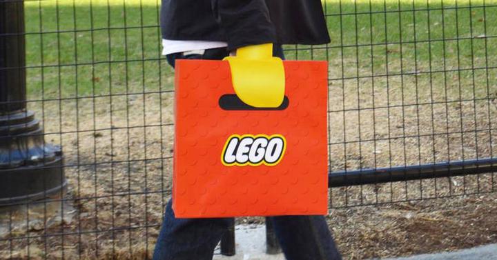 Ennél kreatívabb LEGO bevásárlószatyor nem létezik