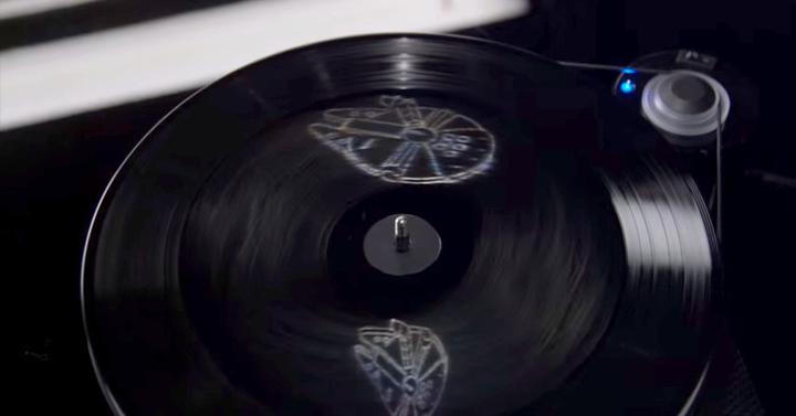A Star Wars: Az ébredő Erő filmzenéje hologramos vinyl lemezkiadást kap