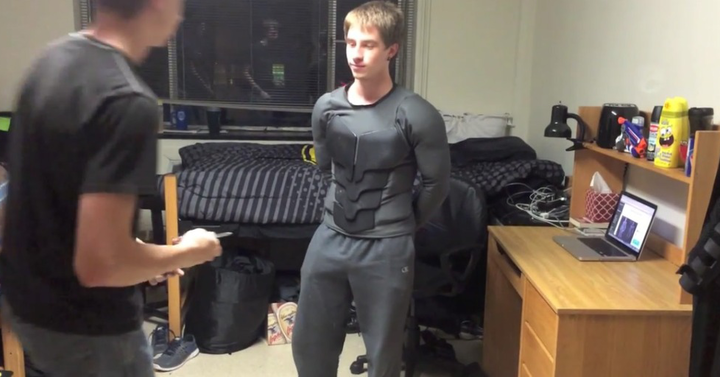 Egy tanuló elkészítette az igazi Batman öltözéket