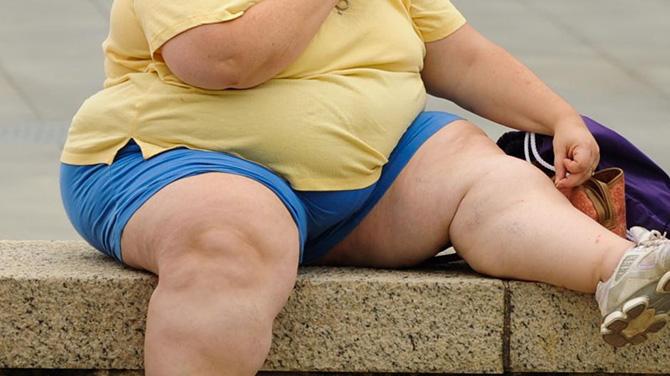 kövér vagyok, amit csinálok, hogy lefogyjak