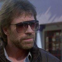 A hős és a hallgatás (Chuck Norris rendőrfilmjei)