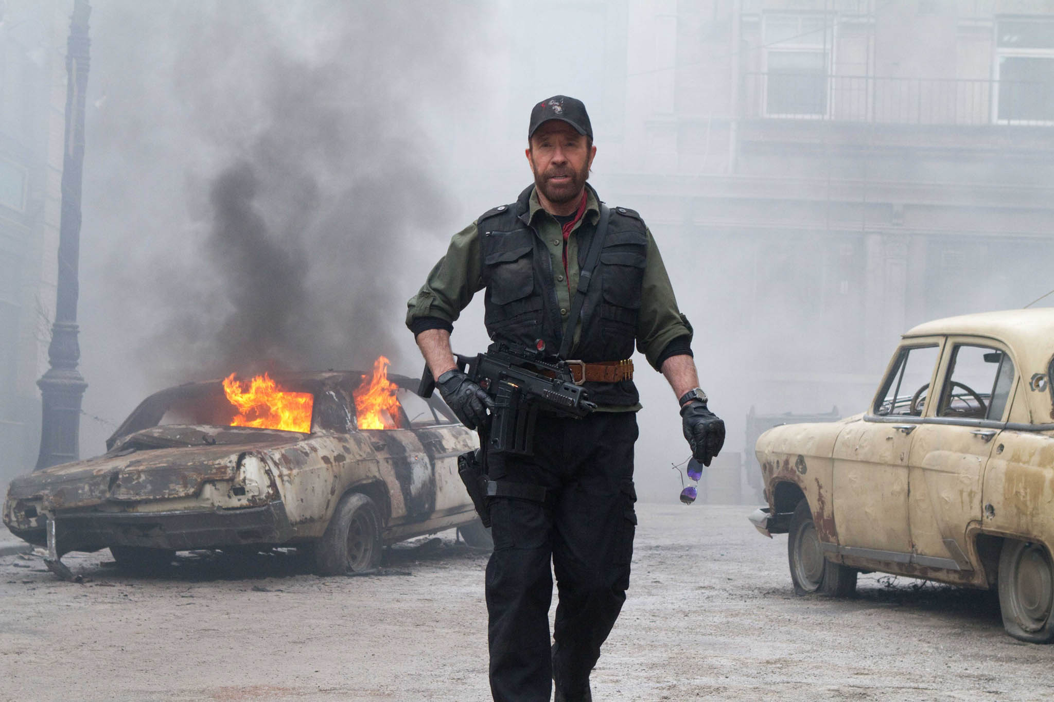 qa_chuck_norris_talks_about_expendables_2_0002-masternorris_com.jpg