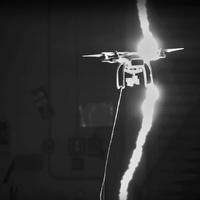 Drón vs. villám
