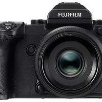 Középformátumú digigép jön a Fujifilmtől