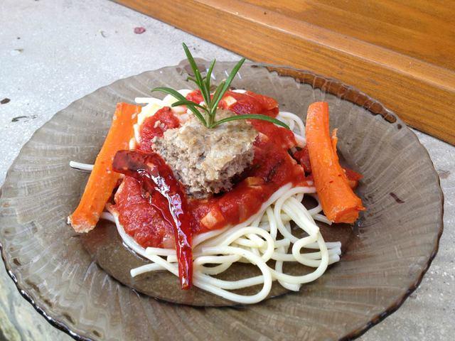 BariMaris hústömb ChiliRozis mártásos spagettivel