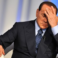 Bírósági eljárás indul Berlusconi ellen
