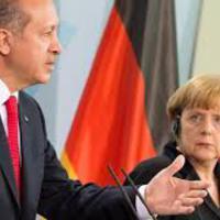 Mélyreható véleménykülönbségek - Recep Tayyip Erdoğan látogatása Berlinben