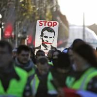 Macron elszámoltatása
