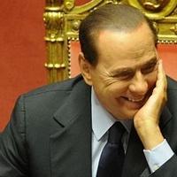 Berlusconi talán megmenekült